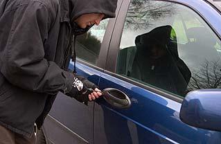 Car Break Ins Avoiding Car Theft Smash And Grab Atlas
